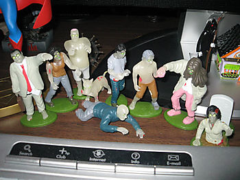 Zombos Closet: Glow in the Dark Zombies